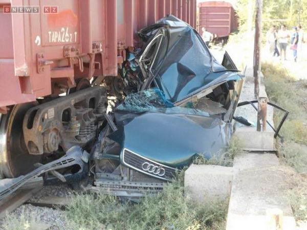 Шымкентский водитель чудом остался жив